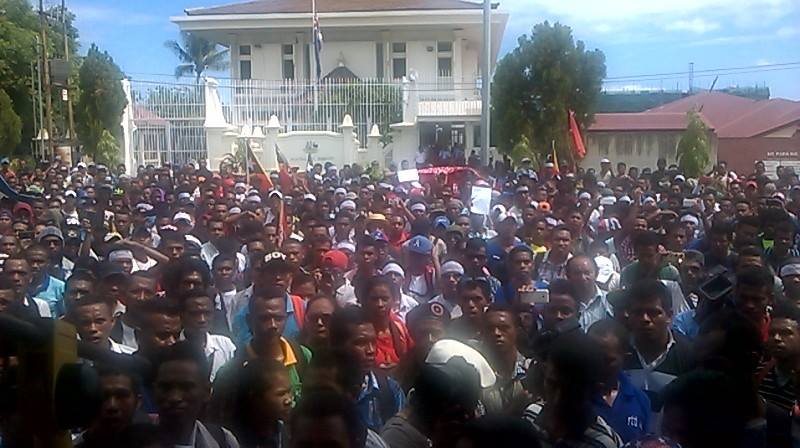 Timor Sea demo at Aistralian Embassy, Dili.