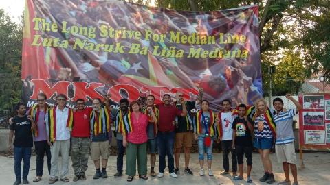 MKOTT - Movimentu Kontra Okupasaun Tasi Timor/Movement Against the Occupation of the Timor Sea - thanks international solidarity activists for their support of their efforts to acheive a fair maritine boundary between Australia and Timor-Leste. Photo by Maubere Gusmao via Facebook.